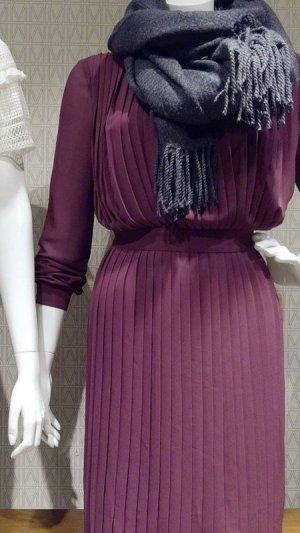 Minikleid Kleid Vila Plisseekleid Party Mini Neu Pflaume Gr. L (40) € 55,-
