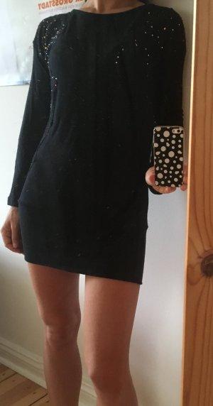 Minikleid oder Pulli mit Bestickung