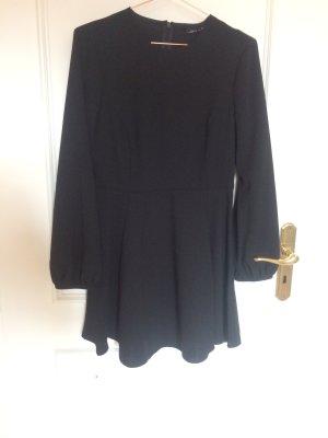Minikleid schwarz 40