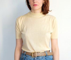Knitted Jumper pale yellow silk
