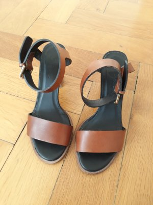 Zign Strapped High-Heeled Sandals brown leather