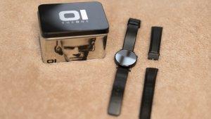 Minimalistische Uhr von The One