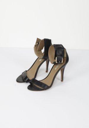 Minimalistische ZARA High Heel Sandaletten