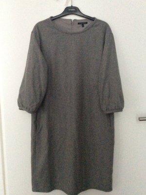 Minimalistisches Kleid von Strenesse