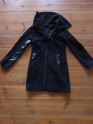 minimum AMANDA Jacket, schwarzer Mantel mit Lederbesatz, Gr. 34/ xs