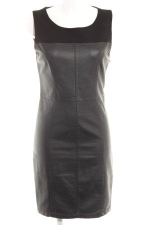 Minimum Etuikleid schwarz Street-Fashion-Look