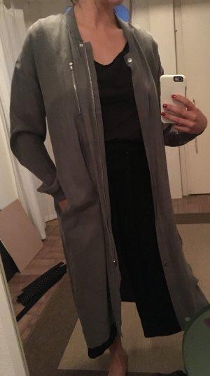 Minimum leichte lange Jacke