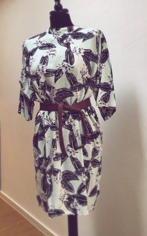Minimum Oversized Kleid
