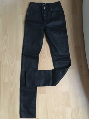 Minimum Röhrenjeans Jeans 34 XS schwarz Lederlook Wetlook neu ohne Etikett