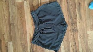 Minimum Shorts weich und fließend