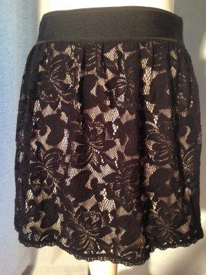 Minirock aus schwarzer Spitze von WEFASHION Gr. M