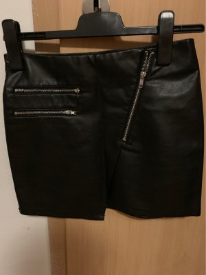 H&M Divided Faux Leather Skirt black
