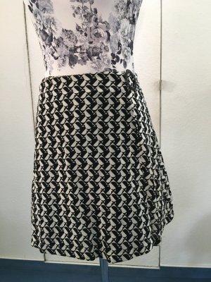Flared Skirt black-natural white