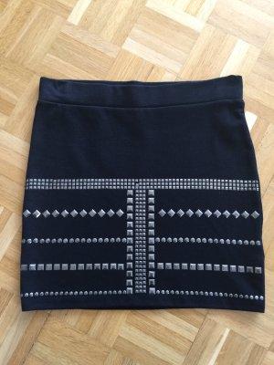 Minirock H&M schwarz mit Nieten stretch S neu!!