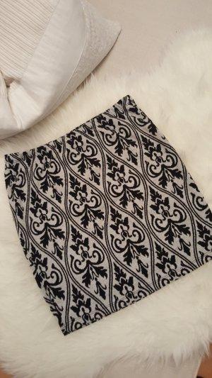 Minirock mit edlen Muster