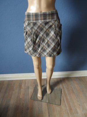 Minirock mit Karomuster und sichtbarem Reißverschluss