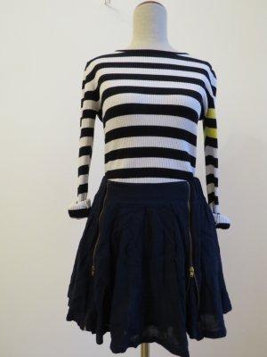 Minirock / Skaterrock von Zara mit Reißveschluss vorne, blau
