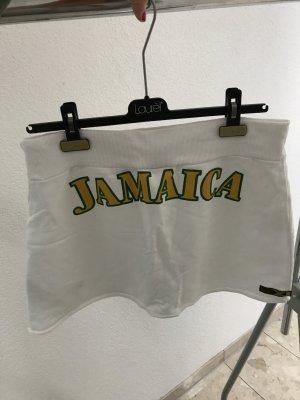 Minirock von Puma mit Jamaica-Aufdruck