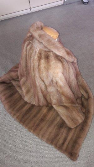 Pelliccia marrone chiaro-color cammello Pelliccia