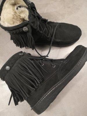 Minnetonka boots schwarz gefüttert gr40