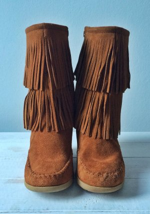 Minnetonka Calf Hi Double Fringe Wedge Boots