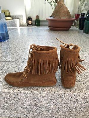 Minnetonka Botas del desierto coñac-marrón arena Gamuza