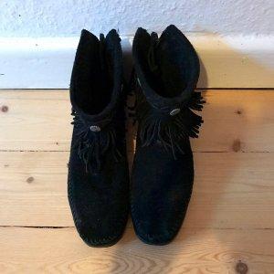 Minnetonka Stiefeletten Boots Fransen Leder Wildleder schwarz Gr. 38 Mokkasin