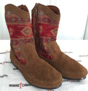 MINNETONKA Wildleder Boots, cognac