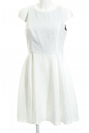 d1de0b02a Mint berry Vestido línea A blanco estampado floral estilo romántico