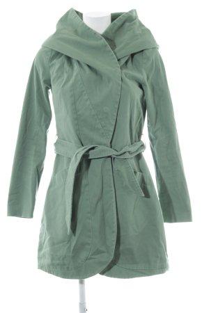 Mint&berry Abrigo con capucha verde claro look casual