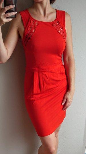 Mint&Berry Kleid Gr M/38/40 rot verspielt