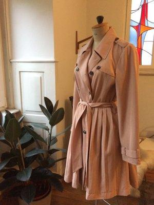 Mint&Berry, Trenchcoat, Mantel, Sommerfarben, Pliseefalten, macht eine tolle Figur, sehr hochwertig, tolle Farbe, Trenchcoat