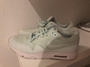 Mint farbene Nike air max!