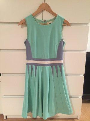 Mint farbenes Kleid in 38