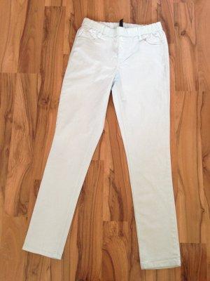 Mintfarbene Hose aus jeansähnlichem Stoff