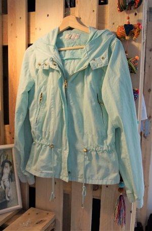 Mintfarbene Sommerjacke von Zara