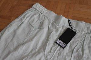 Mintgrüne luftige Shorts mit Gummibund
