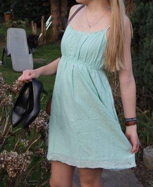 Mintgrünes Sommerkleid von Only