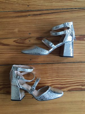 Miss Selfridge Mary Jane Pumps silver-colored leather