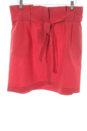 Miss Selfridge Minirock rot Street-Fashion-Look