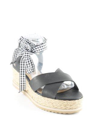 Miss Selfridge Plateau-Sandalen schwarz-beige Street-Fashion-Look