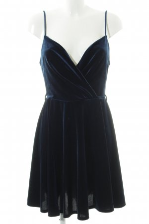 Miss Selfridge Trägerkleid dunkelblau schlichter Stil