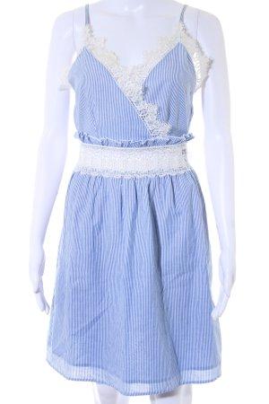 Miss Selfridge Trägerkleid weiß-kornblumenblau Streifenmuster Romantik-Look
