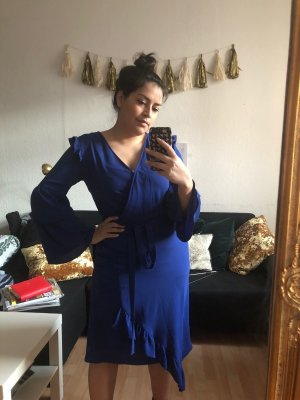 Miss Selfridge Vestido estilo flounce azul