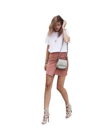 Missguided Bleistiftrock roségoldfarben Street-Fashion-Look