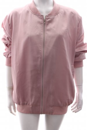 Missguided Bomberjacke rosa Street-Fashion-Look