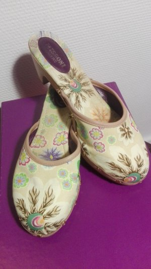 MISSONI Flower Clogs