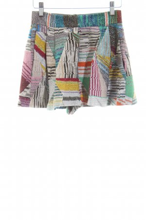Missoni High-Waist-Shorts graphic pattern casual look