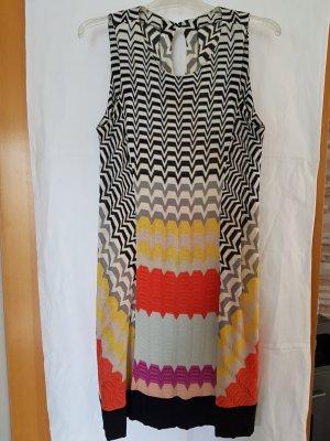 Missoni Kleid in ausdrucksstarken Farben