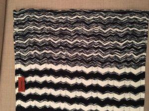Missoni-Schal, schwarz-weiß